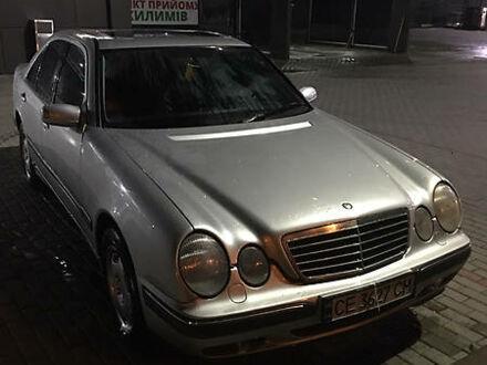Сірий Мерседес Е 320, об'ємом двигуна 3.2 л та пробігом 298 тис. км за 5500 $, фото 1 на Automoto.ua