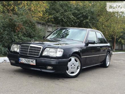 Чорний Мерседес E 420, об'ємом двигуна 4.2 л та пробігом 227 тис. км за 8500 $, фото 1 на Automoto.ua