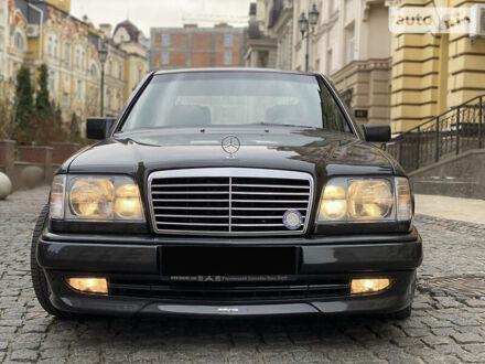 Черный Мерседес E 420, объемом двигателя 4.2 л и пробегом 2 тыс. км за 45000 $, фото 1 на Automoto.ua