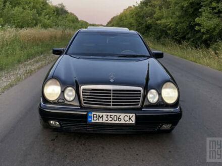 Чорний Мерседес Е 430, об'ємом двигуна 4.3 л та пробігом 245 тис. км за 4550 $, фото 1 на Automoto.ua
