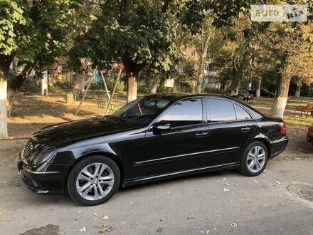 Чорний Мерседес Е 500, об'ємом двигуна 5 л та пробігом 171 тис. км за 14000 $, фото 1 на Automoto.ua