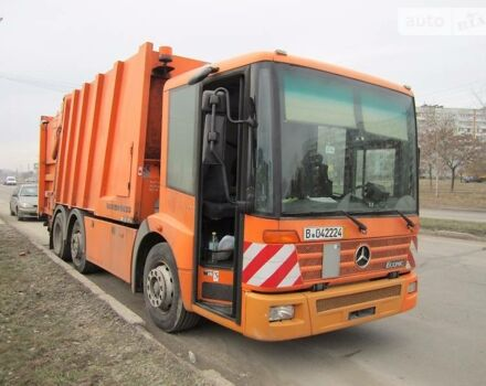 Апельсин Мерседес Эконик, объемом двигателя 0 л и пробегом 182 тыс. км за 39200 $, фото 1 на Automoto.ua