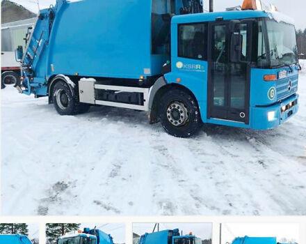Синий Мерседес Эконик, объемом двигателя 6 л и пробегом 200 тыс. км за 17000 $, фото 1 на Automoto.ua