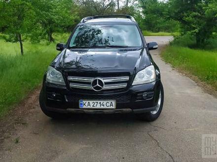 Чорний Мерседес ГЛ 550, об'ємом двигуна 5.5 л та пробігом 259 тис. км за 17000 $, фото 1 на Automoto.ua