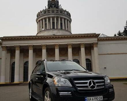 Черный Мерседес ГЛ 550, объемом двигателя 5.5 л и пробегом 311 тыс. км за 18500 $, фото 1 на Automoto.ua