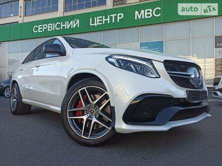 Белый Мерседес GLE 63, объемом двигателя 5.5 л и пробегом 71 тыс. км за 78500 $, фото 1 на Automoto.ua