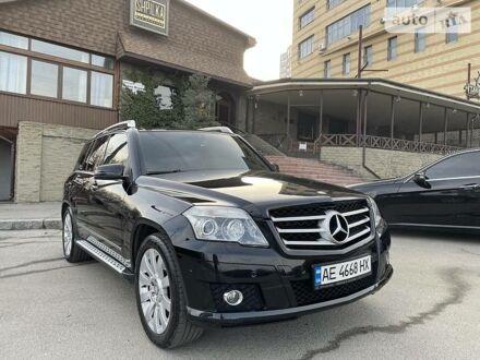 Черный Мерседес ГЛК 280, объемом двигателя 3 л и пробегом 199 тыс. км за 13500 $, фото 1 на Automoto.ua