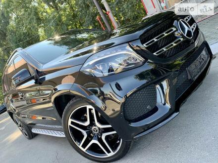 Черный Мерседес ГЛС 350, объемом двигателя 3 л и пробегом 53 тыс. км за 67500 $, фото 1 на Automoto.ua