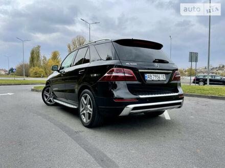 Черный Мерседес МЛ 500, объемом двигателя 4.7 л и пробегом 211 тыс. км за 31900 $, фото 1 на Automoto.ua
