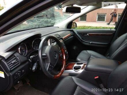 Черный Мерседес Р 500, объемом двигателя 5 л и пробегом 206 тыс. км за 12800 $, фото 1 на Automoto.ua