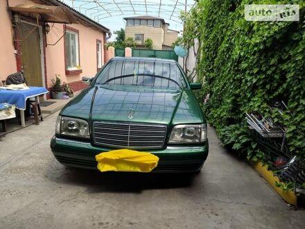 Зелений Мерседес С 280, об'ємом двигуна 2.8 л та пробігом 280 тис. км за 6000 $, фото 1 на Automoto.ua