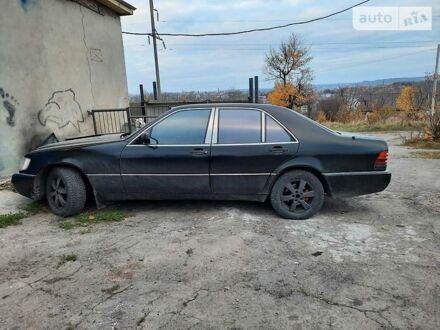 Черный Мерседес С 300, объемом двигателя 2.8 л и пробегом 400 тыс. км за 5100 $, фото 1 на Automoto.ua