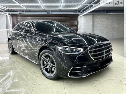 Чорний Мерседес С 400, об'ємом двигуна 2.9 л та пробігом 3 тис. км за 158000 $, фото 1 на Automoto.ua