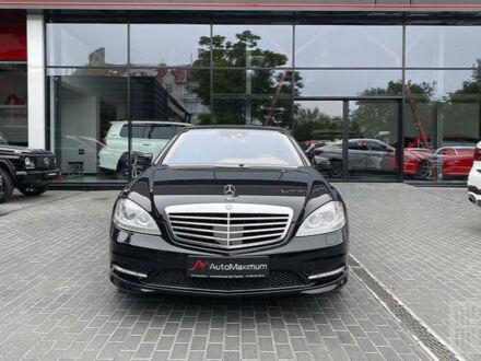 Черный Мерседес С 500, объемом двигателя 5.5 л и пробегом 152 тыс. км за 27500 $, фото 1 на Automoto.ua