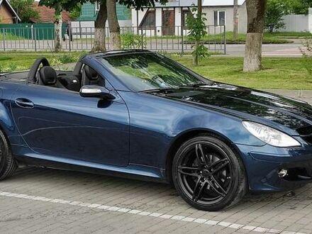 Синий Мерседес СЛК 200, объемом двигателя 1.8 л и пробегом 170 тыс. км за 12500 $, фото 1 на Automoto.ua