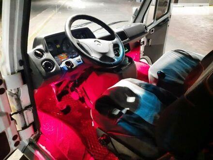 Білий Мерседес Sprinter 310 груз.-пасс., об'ємом двигуна 2.9 л та пробігом 250 тис. км за 3500 $, фото 1 на Automoto.ua