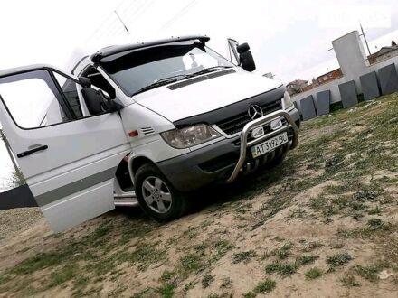 Белый Мерседес Sprinter 313 груз.-пасс., объемом двигателя 2.2 л и пробегом 697 тыс. км за 9999 $, фото 1 на Automoto.ua