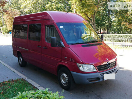Красный Мерседес Sprinter 313 груз.-пасс., объемом двигателя 2.1 л и пробегом 389 тыс. км за 10500 $, фото 1 на Automoto.ua
