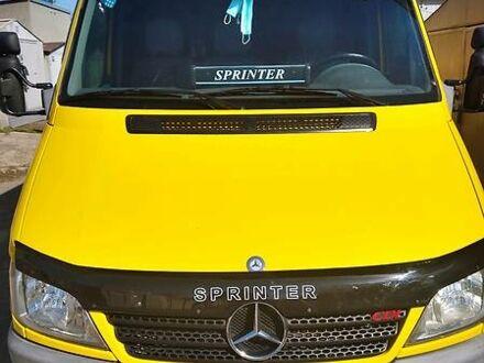 Оранжевый Мерседес Спринтер 316 груз., объемом двигателя 2.7 л и пробегом 398 тыс. км за 9800 $, фото 1 на Automoto.ua