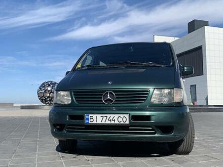 Зеленый Мерседес В 220, объемом двигателя 2.2 л и пробегом 220 тыс. км за 10500 $, фото 1 на Automoto.ua