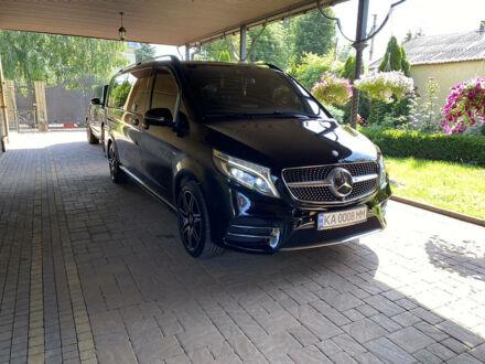 Чорний Мерседес В 250, об'ємом двигуна 2.1 л та пробігом 25 тис. км за 75800 $, фото 1 на Automoto.ua