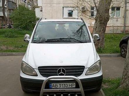 Белый Мерседес Vito 109, объемом двигателя 2.1 л и пробегом 290 тыс. км за 6300 $, фото 1 на Automoto.ua