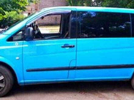 Синий Мерседес Vito 109, объемом двигателя 2.2 л и пробегом 288 тыс. км за 11000 $, фото 1 на Automoto.ua