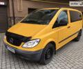 Оранжевый Мерседес Vito 109, объемом двигателя 2.2 л и пробегом 318 тыс. км за 6580 $, фото 1 на Automoto.ua