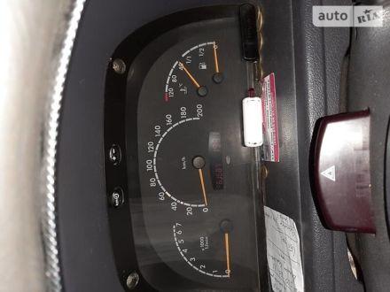 Білий Мерседес Vito 110, об'ємом двигуна 2.1 л та пробігом 363 тис. км за 5700 $, фото 1 на Automoto.ua