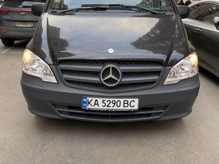 Черный Мерседес Vito 113, объемом двигателя 2.2 л и пробегом 217 тыс. км за 14500 $, фото 1 на Automoto.ua