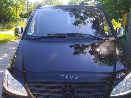 Черный Мерседес Вито груз., объемом двигателя 2.2 л и пробегом 135 тыс. км за 13500 $, фото 1 на Automoto.ua