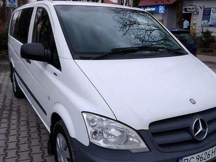 Білий Мерседес Vito 110, об'ємом двигуна 2.1 л та пробігом 306 тис. км за 13500 $, фото 1 на Automoto.ua