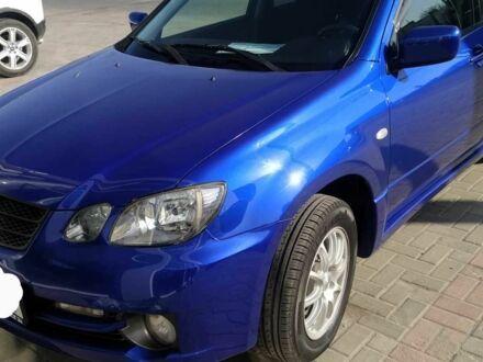 Синий Мицубиси Аиртрек, объемом двигателя 2 л и пробегом 167 тыс. км за 6261 $, фото 1 на Automoto.ua