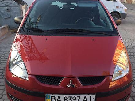 Красный Мицубиси Кольт, объемом двигателя 1.3 л и пробегом 45 тыс. км за 6999 $, фото 1 на Automoto.ua