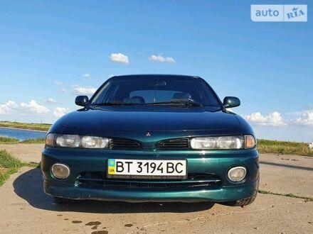 Зеленый Мицубиси Галант, объемом двигателя 2 л и пробегом 390 тыс. км за 4000 $, фото 1 на Automoto.ua