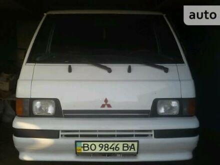 Білий Міцубісі L 300 пасс., об'ємом двигуна 1.6 л та пробігом 234 тис. км за 3000 $, фото 1 на Automoto.ua