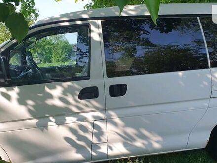 Белый Мицубиси Л 400 пасс., объемом двигателя 0 л и пробегом 300 тыс. км за 4100 $, фото 1 на Automoto.ua