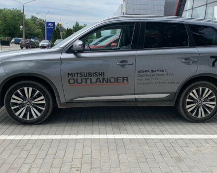 купити нове авто Міцубісі Аутлендер 2020 року від офіційного дилера Альфа Діамант Міцубісі фото
