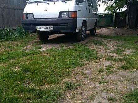 Белый Мицубиси L 300 груз-пасс, объемом двигателя 0 л и пробегом 999 тыс. км за 1300 $, фото 1 на Automoto.ua