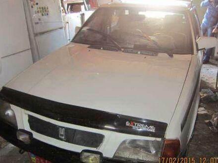 Белый Москвич / АЗЛК 2125, объемом двигателя 1.5 л и пробегом 1 тыс. км за 400 $, фото 1 на Automoto.ua