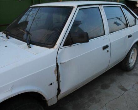 Білий Москвич / АЗЛК 2141, об'ємом двигуна 1.6 л та пробігом 200 тис. км за 700 $, фото 1 на Automoto.ua