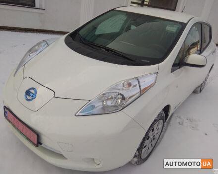 Білий Ніссан Ліф, об'ємом двигуна 0 л та пробігом 40 тис. км за 16400 $, фото 1 на Automoto.ua