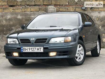 Зеленый Ниссан Максима, объемом двигателя 3 л и пробегом 274 тыс. км за 3800 $, фото 1 на Automoto.ua