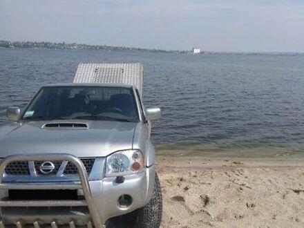 Серый Ниссан НП300, объемом двигателя 2.5 л и пробегом 210 тыс. км за 11000 $, фото 1 на Automoto.ua