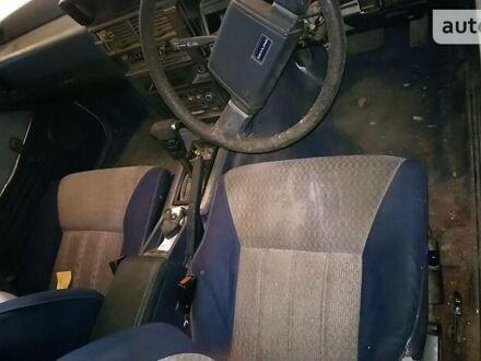 Белый Ниссан Скайлайн, объемом двигателя 1.8 л и пробегом 200 тыс. км за 1000 $, фото 1 на Automoto.ua