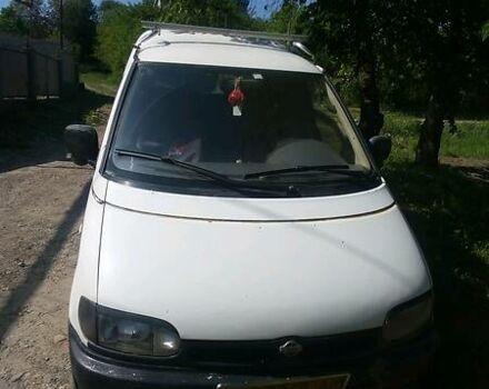 Белый Ниссан Ванетте пасс., объемом двигателя 2.3 л и пробегом 555 тыс. км за 2100 $, фото 1 на Automoto.ua