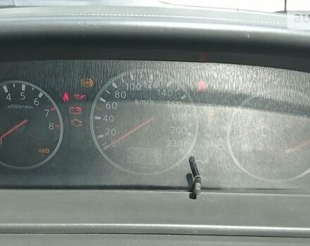 Серый Ниссан ИксТрейл, объемом двигателя 0 л и пробегом 240 тыс. км за 9000 $, фото 1 на Automoto.ua