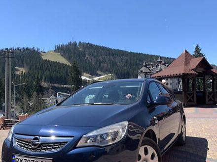 Синий Опель Астра Джей, объемом двигателя 1.3 л и пробегом 169 тыс. км за 8700 $, фото 1 на Automoto.ua