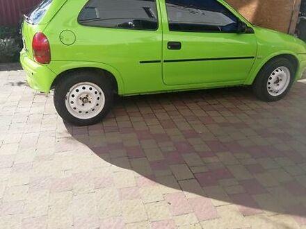 Зеленый Опель Корса, объемом двигателя 1.2 л и пробегом 111 тыс. км за 2600 $, фото 1 на Automoto.ua