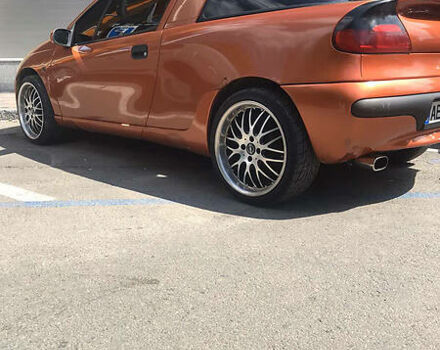 Коричневий Опель Тігра, об'ємом двигуна 1.6 л та пробігом 300 тис. км за 3200 $, фото 1 на Automoto.ua